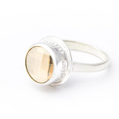golden-shadow-swar-crystal-peace-ring